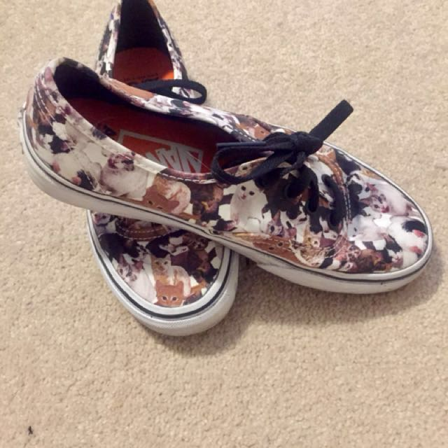 506b813f40 Limited edition Vans x ASPCA shoes size 6