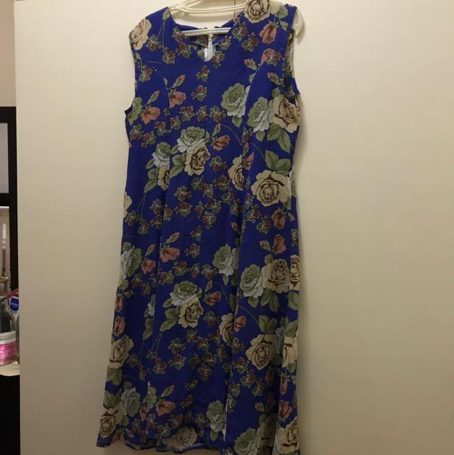 L-XL Floral Dress