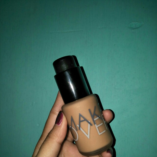 Makeover ultra cover liq matt Foundation