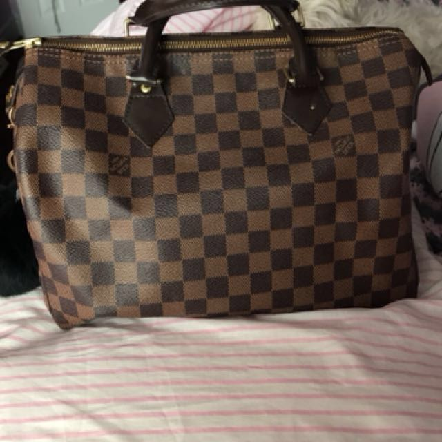Medium Louis Vuitton bag