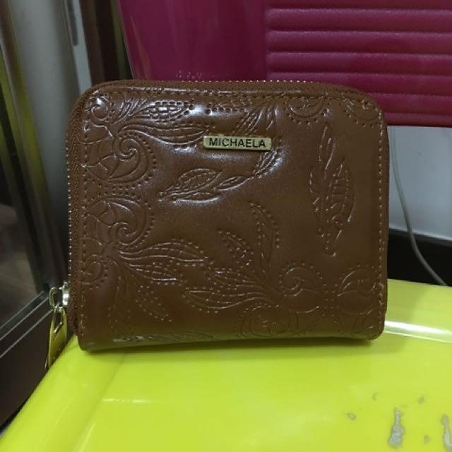 Michaela wallet