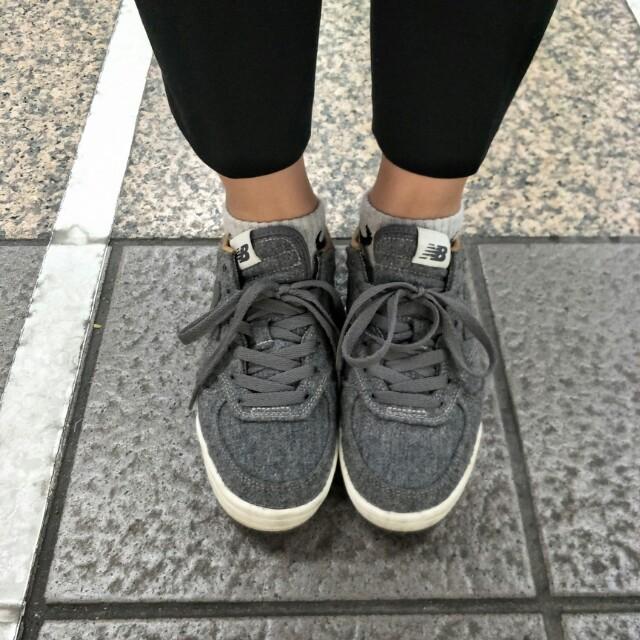 New Balance 灰色24