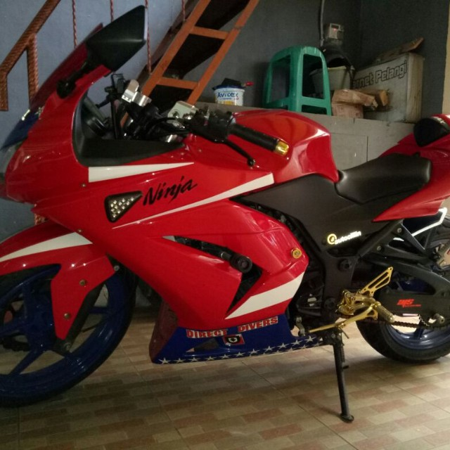 NINJA 250CC ( RED )