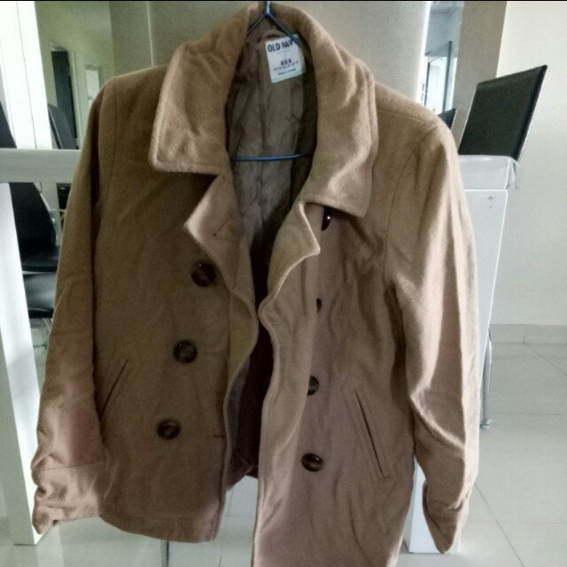 9b7a5c694 Old Navy winter coat, Women's Fashion, Clothes, Outerwear on Carousell