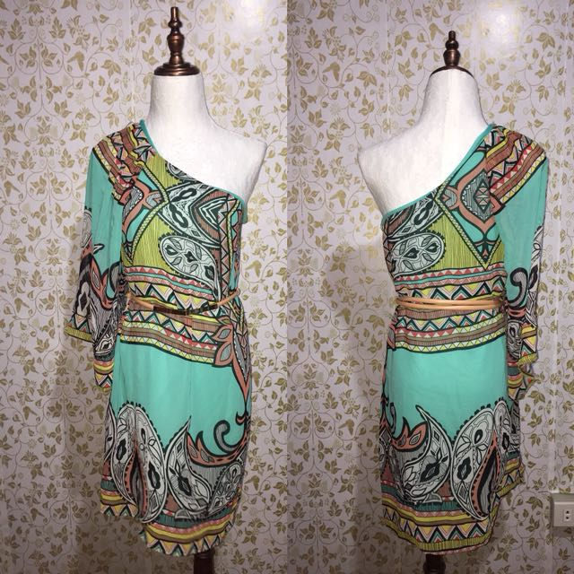 One side Dress