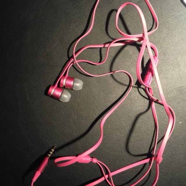 Pink Beat Earphones