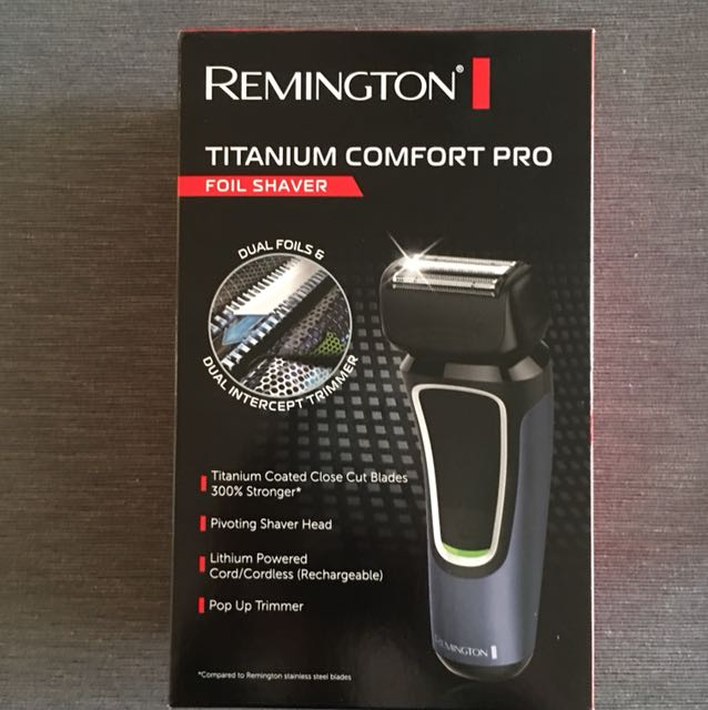 Remington titanium foil Shaver