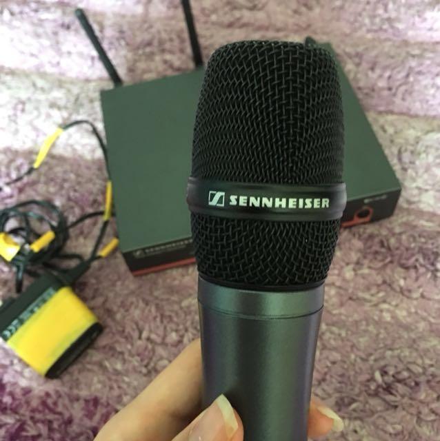 Sennheiser microphone ew100