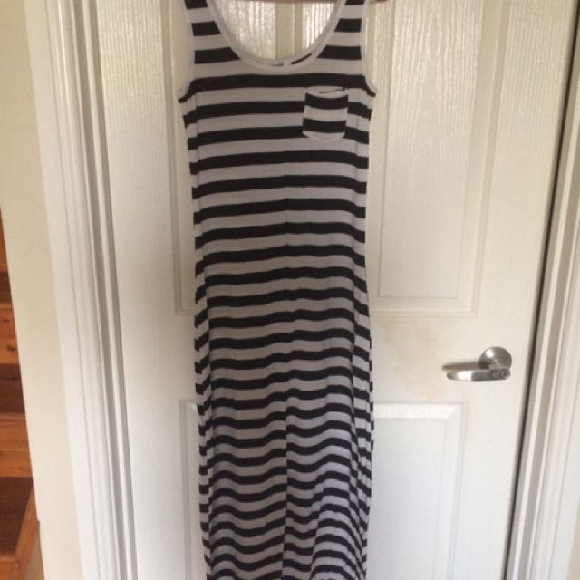 Size small Valleygirl dress