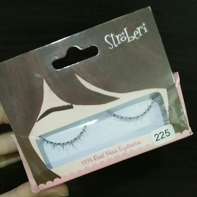 Stroberi Eyelashes
