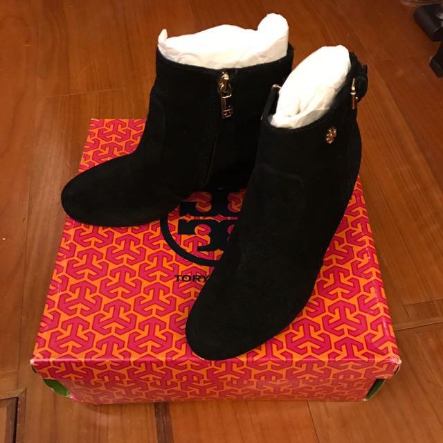 Tory Burch 黑色麂皮短靴,只穿過一次