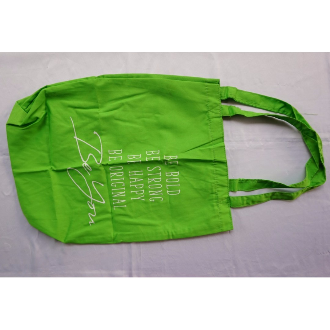 Tote Bag Hijau Fres & Natural