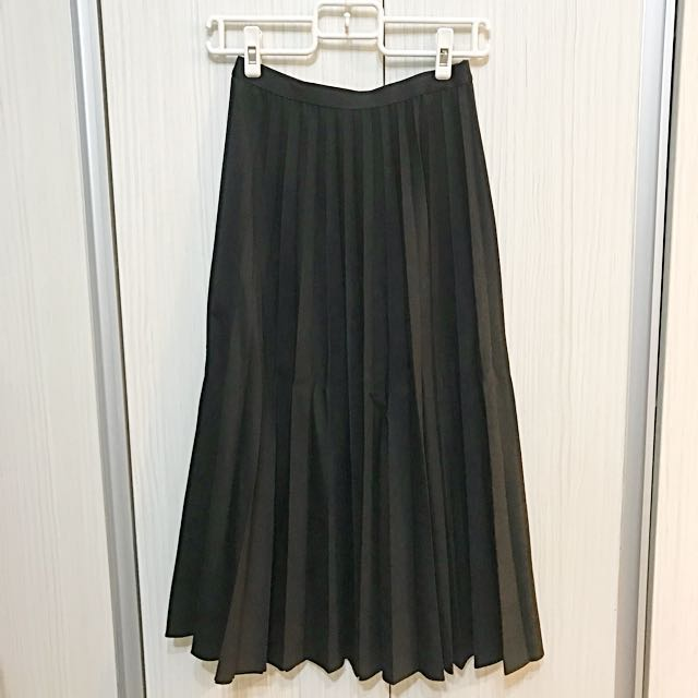 Uniqlo百褶長裙