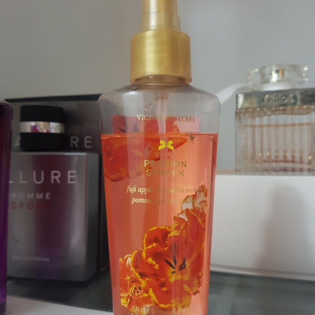 Victoria Secret fragrance mist ORI