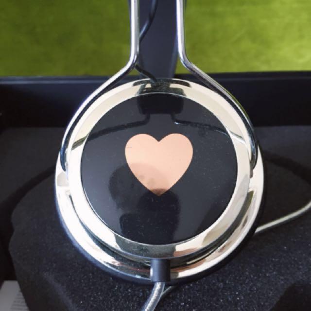 Wesc情人節款愛心耳機(限定款)