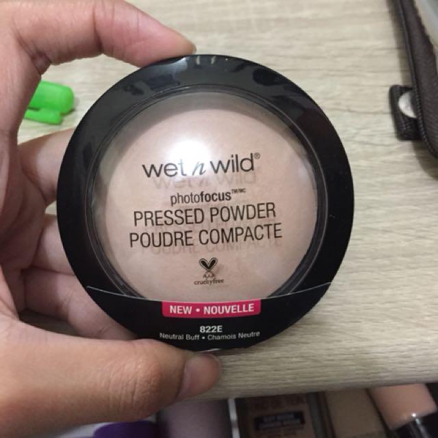 Wet n wild photofocus pressed powder