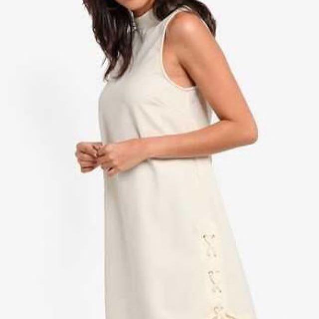 White Dress - Turtle neck dress - High Neck dress - Minimalist Dress - Mini dress