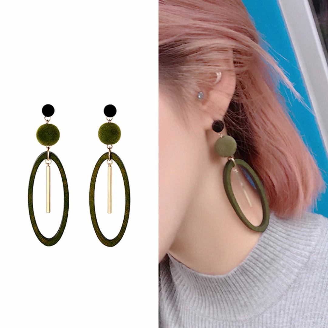 ╭✿蕾兒0509✿╮MB083-正韓直送森林系綠精靈木質橢圓垂墜耳環耳釘耳飾品