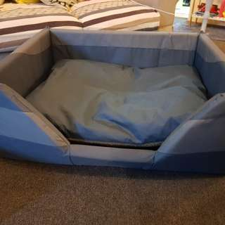 Xlarge pet bed. Brand new.