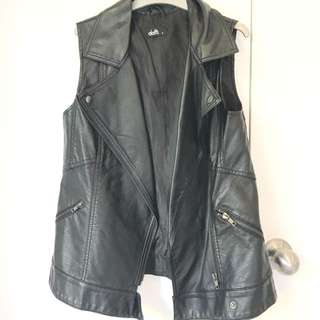 Dotti size6 leather vest