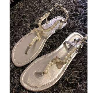 Silver pearl sandals