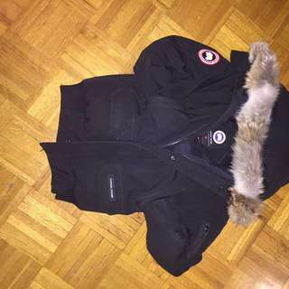 CANADA GOOSE YOUTH SIZE LARGE