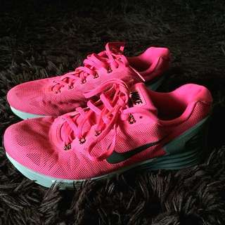 Authentic Nike LunarGlide 6