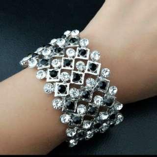 🆕閃石彈性手鐲 Stylish Rhinestone Bracelet