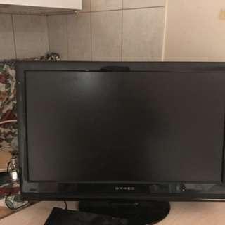 "Dynex 32"" Flat Screen TV"