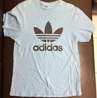 Adidas 短t 藍