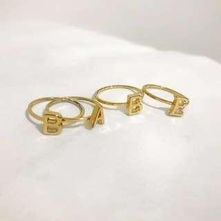 B A B E  Ring Set