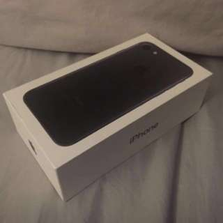 iPhone 7 Plus Jet black 128gb with tax invoice and warranty! Read description