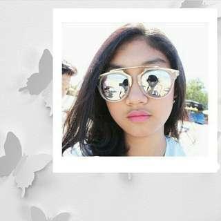 Kacamata pantai mirror sunglasses
