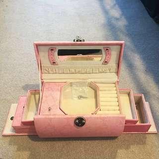 Jewellery Box Pink Snake