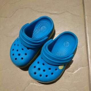 Crocs sepatu sandal anak ukuran 1-2thn