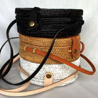Colored Wicker Straw Round Rattan Bag