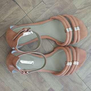 Dumond Sandals