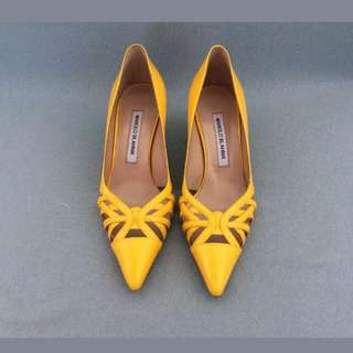 e72b6717fa9 BN Authentic Manolo Blahnik Yellow kitten Heels With Laser Cut Out Sz 36