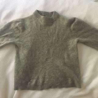 100% cashmere sweater!!