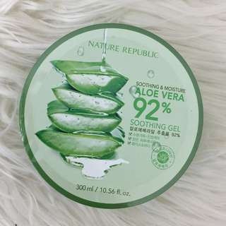 Nature's Republic 92% Aloe Vera Gel Sealed