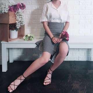 高腰下擺不規則格子裙