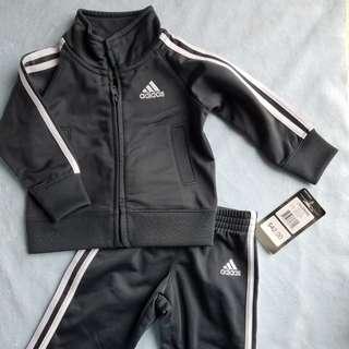 Adidas 全新套裝6M