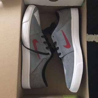 Nike SB portmore