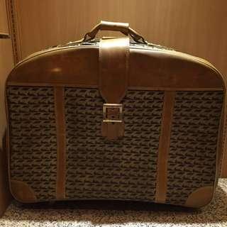 早期老皮箱 復古手提箱 行李箱 裝置藝術 空間佈置 背景道具