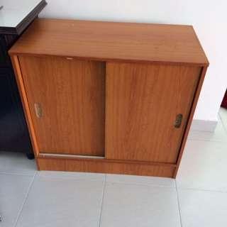 Almari kayu