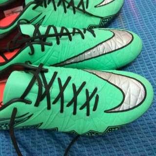 Nike Hypervenom Phinnish ACC us7.5 and us8