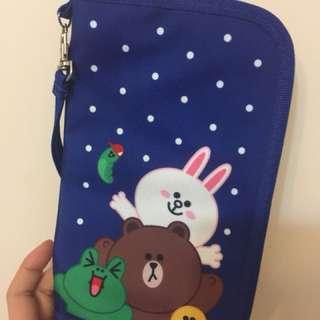 Line friends passport袋