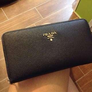 Prada wallet 長銀包