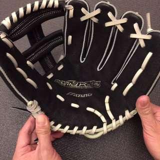 全新Mizuno兒童棒球手套