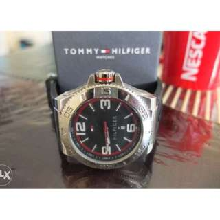 TOMMY HILFIGER Original Men's Sports Watch (with Date display)